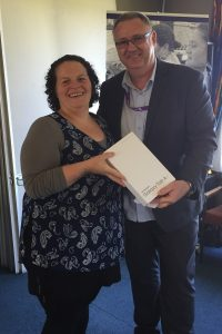 To mark the availability of Spark Jump in Highbury, two tablets from Simon Moutter are being gifted during the Computers in Homes graduation ceremony at Te Aroha Noa today, celebrating 14 families completing the programme.