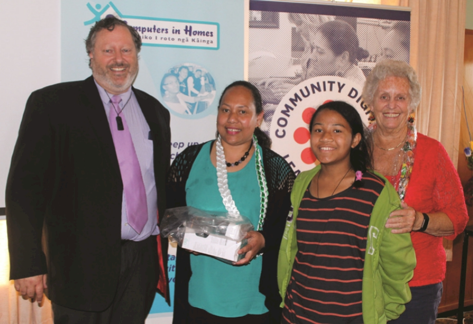 Left to right - Tim Davies-Colley (Executive Project Manager - e-Learning Porirua), Vailogua Futi, Vai's daughter and Foundation Trustee Wendy Betteridge at e-Learning's Graduation 70 for Computers in Homes .
